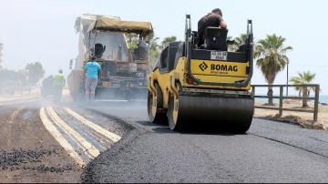 Büyükşehir, 6 ayda 54 bin ton asfalt döktü