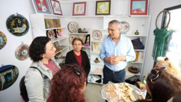 Mezitli'de sanat çarşısı açıldı