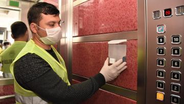 Asansörlere dezenfektan ünitesi yerleştirildi