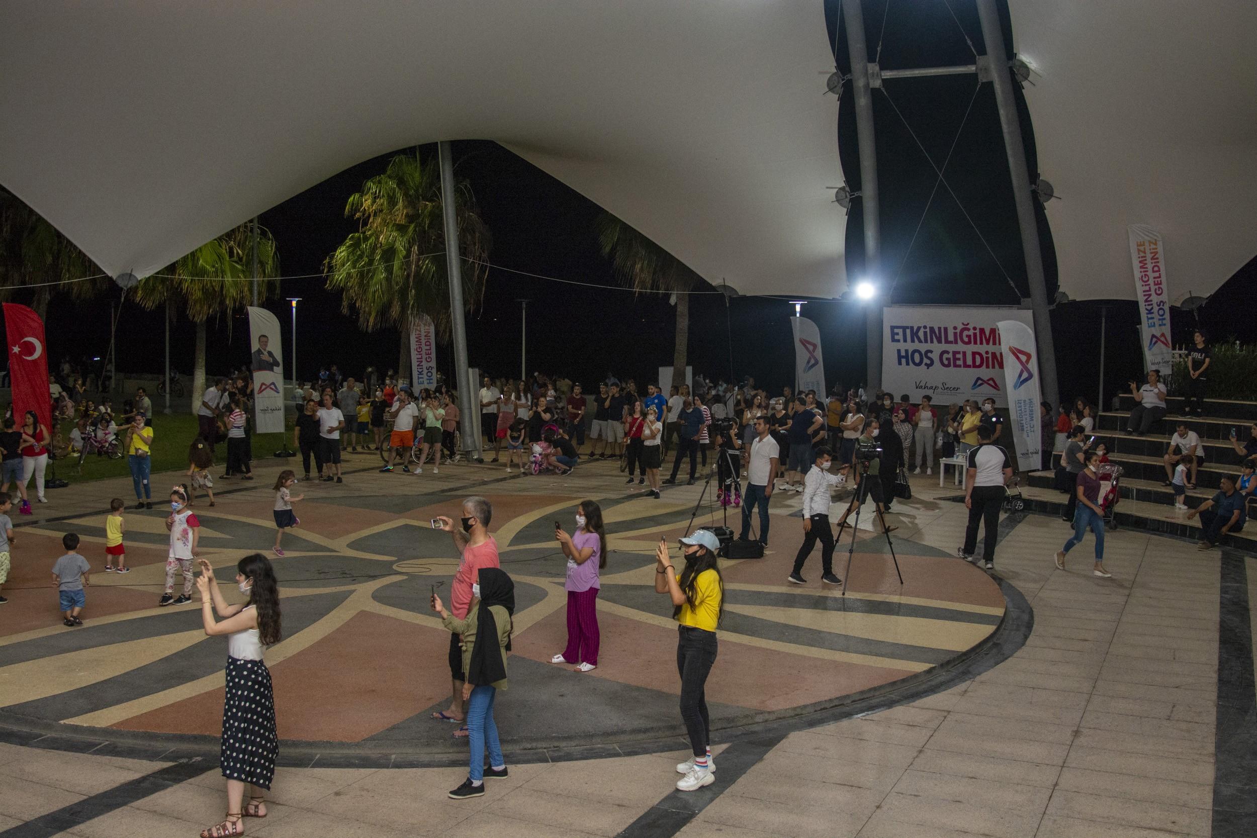 Büyükşehir'den, gençlere konser düzenledi