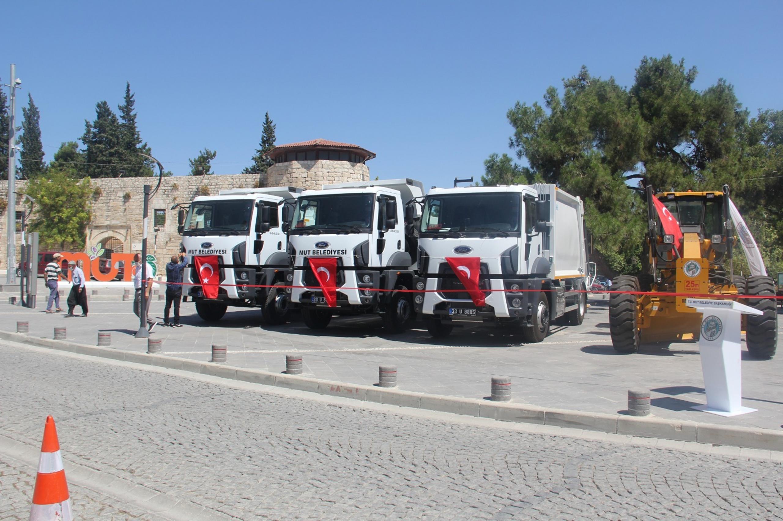 Mut Belediyesi filosuna 5 yeni araç