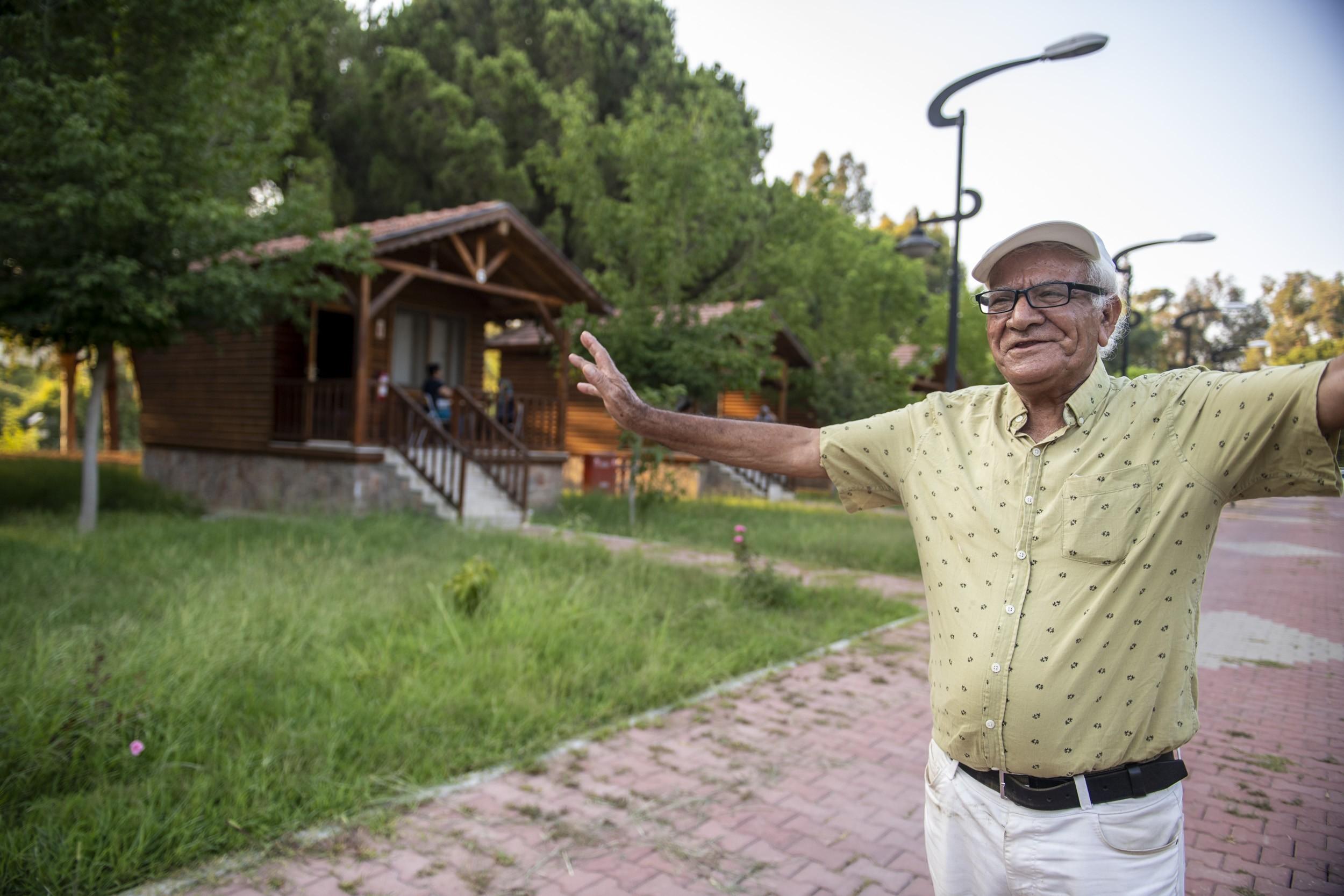 Büyükşehir'in gençlik kampı, yaşlı vatandaşları ağırladı