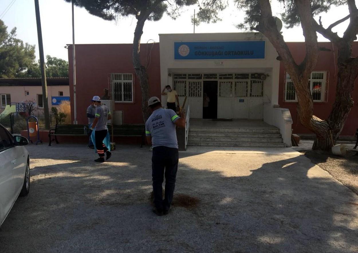 Akdeniz'de okullar eğitime hazırlanıyor