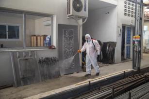 Tüm şehir dezenfekte ediliyor