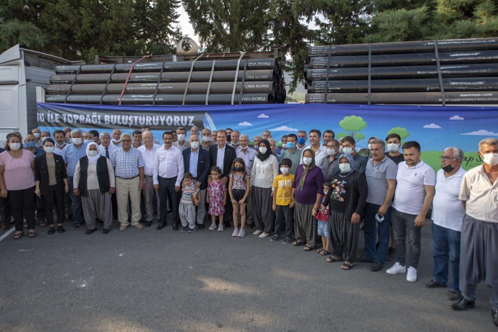 Mersin'de üreticiye 100 kilometrelik sulama borusu desteği