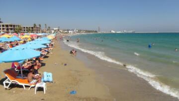 Mersin sahillerinde bayram yoğunluğu
