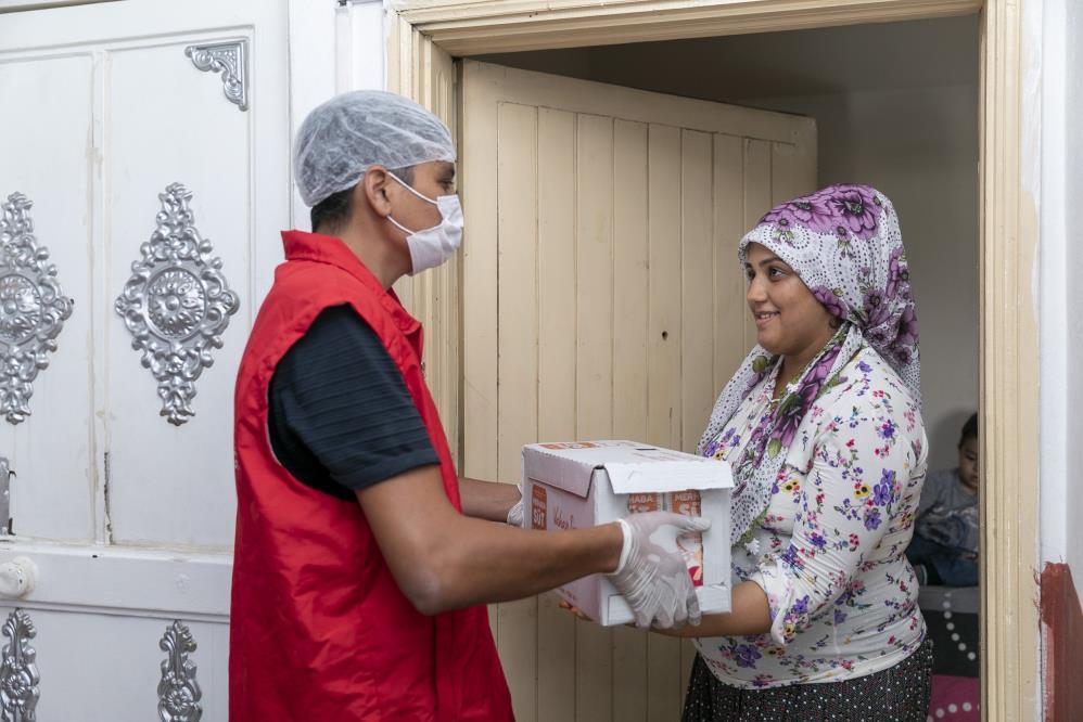 Mersin'de 'Hamile Bakım Sütü' projesi sürüyor